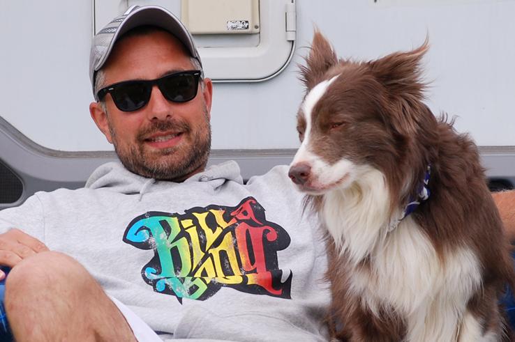 Discrocker Jochen Schleicher - Pionier des Frisbees mit Hund / Dog-Frisbee in Europa.